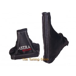 ASTRA G COUPE RED GEAR+HANDBRAKE GAITER EMBROID WHITE ST
